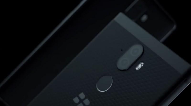 フルタッチのBlackberry「Evolve」と「Evolve X」が正式に発表され、スペックが明らかになったのでまとめておく