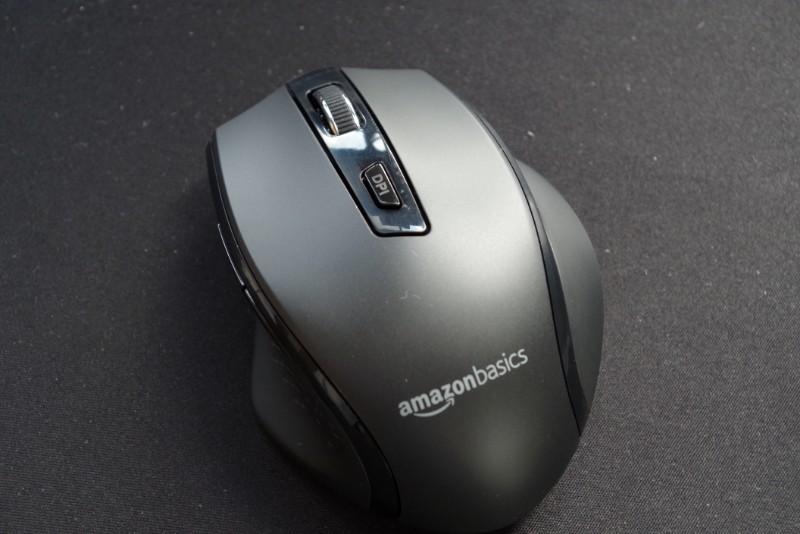AmazonBasics Wireless mouse 04
