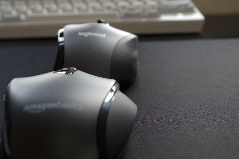 AmazonBasics Wireless mouse 12