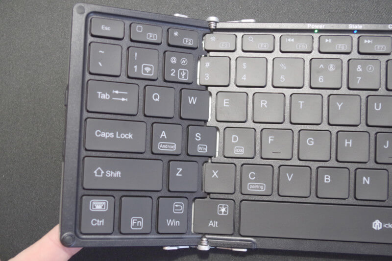 review iclever ic bk05 09-折り畳み式フルキーボードの「iClever  IC-BK05」を購入したのでレビュー!小さくなるのはやっぱ便利です。