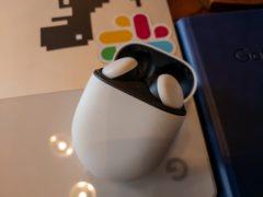 google pixel buds images 240x180-GoogleはPixel BudsのBluetooth接続の問題を修正すると約束